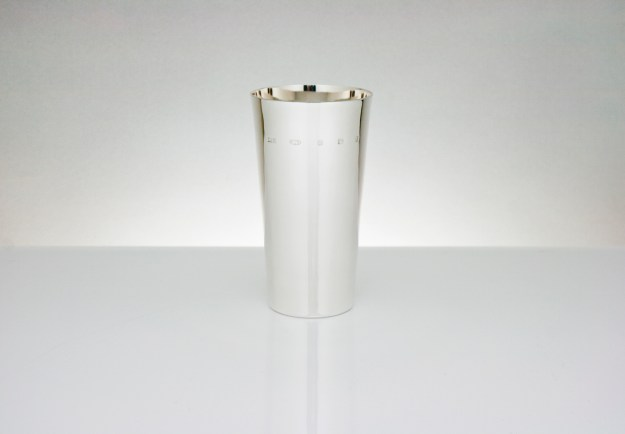 Linear Water Beaker
