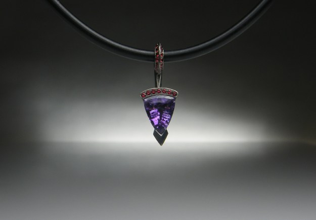 'Arrow' Palladium Amethyst Pendant
