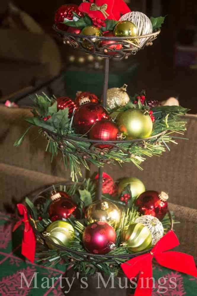Thrifty Christmas Decorating Cake Stand