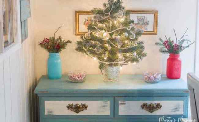 5 Cheap Christmas Decorations For A Simple Authentic Home