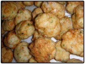 albóndigas de pescado fritas
