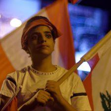 Massenproteste erobern die Straßen Libanons zurück