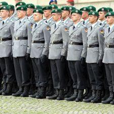 Bundeswehr-Gelöbnis in München: Gegen Militarismus und Kriegspropaganda