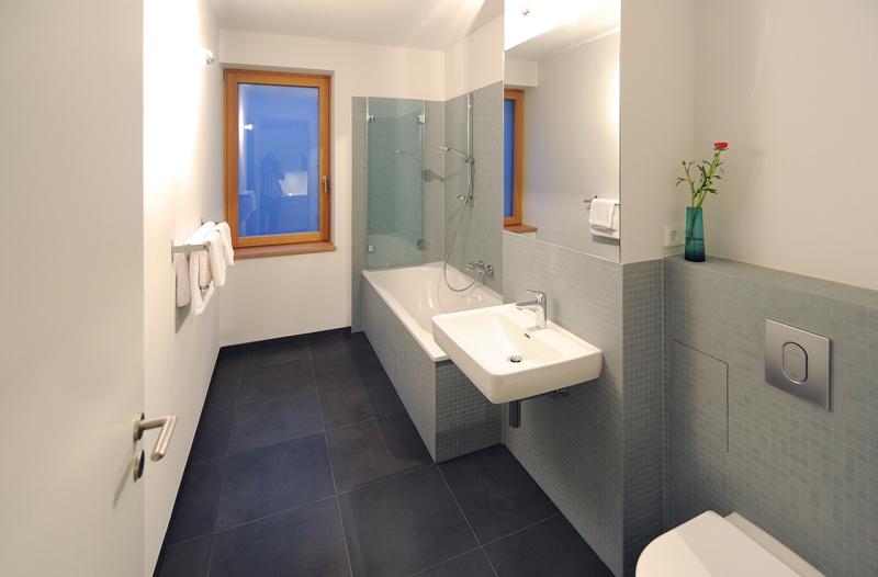 badezimmer 4 qm ideen badezimmer 4 qm ideen badezimmer 4 qm ideen deko kleine b 228 der. Black Bedroom Furniture Sets. Home Design Ideas