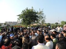 لاہور: پی آئی اے کے مزدور راہنماؤں سے کامریڈراب سیول کی ملاقات