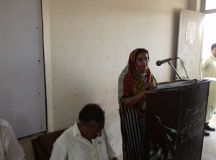 woman teacher speaking at seminar in gujranwala