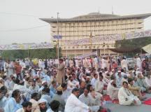 لاہور: اساتذہ کادھرنا پھر ختم؛ وہ انتظار تھا جس کایہ وہ سحر تو نہیں
