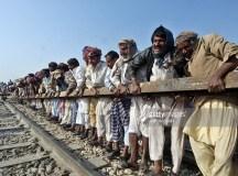 ملتان: ریلوے محنت کش مسائل کے حل کے لئے کوشاں
