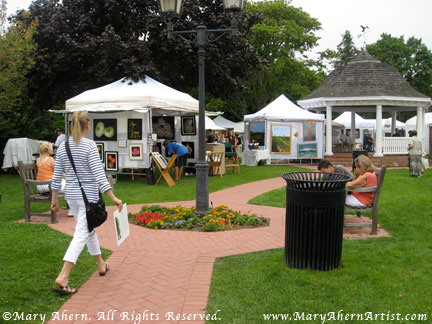 The overcast weather encouraged many customers to come out and enjoy purchasing Art
