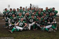 RAMS 15-football americano