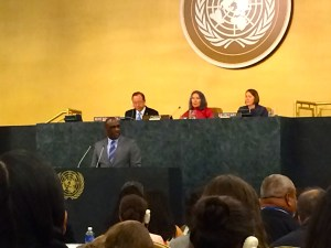 (l-r) Secretary General Ban Ki-moon, Dalee Sambo Dorough, Chair of the Permanent Forum on Indigenous Issues, Thomas Gass, Asst. Secretary-General for Policy Coordination and Inter-Agency Affairs, and in the foreground John Ashe (Antigua and Barbuda), President of the General Assembly