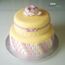 Wedding cake colorata ma semplice