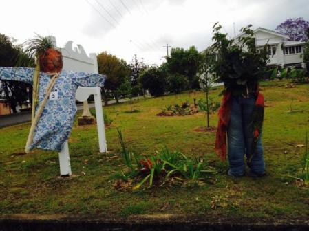 KEZN03 Scarecrow Name: Split personality Owner: Shona Fitzgerald 23 Elizabeth St Kenilworth 4574 Registration Centre: Kenilworth Category: Artistic