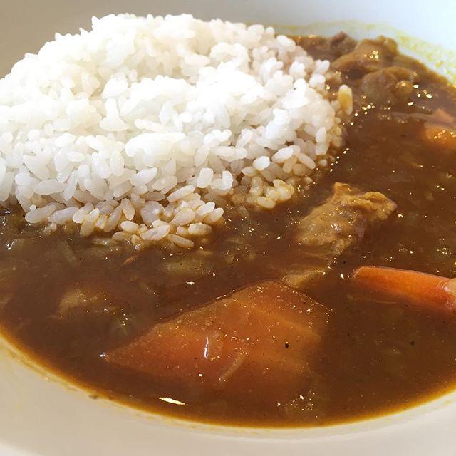 今日のカレーは牛スジと根菜。ちょっと辛め。#masasfactory