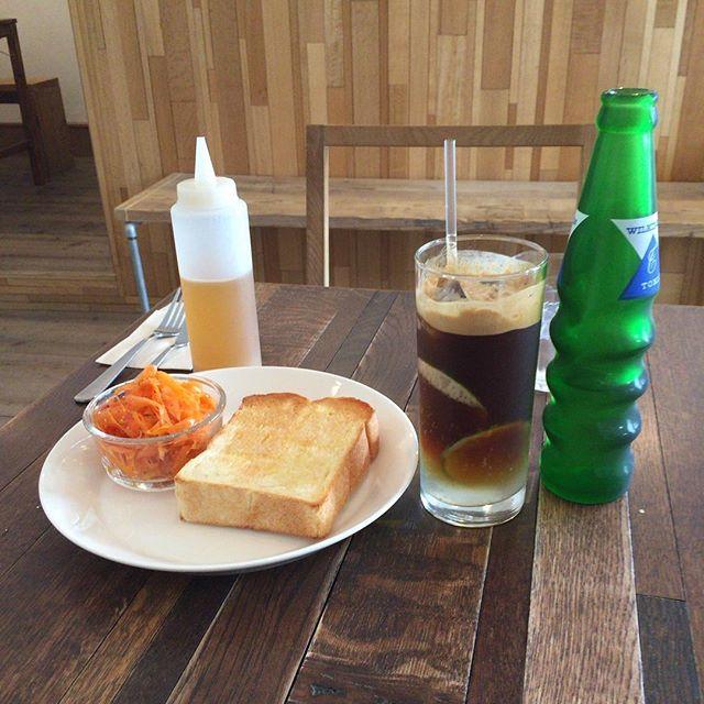 今日の仕事の前に、お昼ごはん。#1roomcoffee