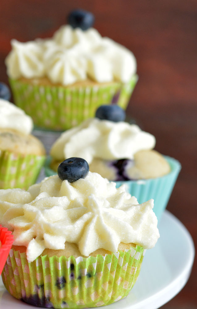 Blueberry Cupcakes With Cream Cheese Frosting V9