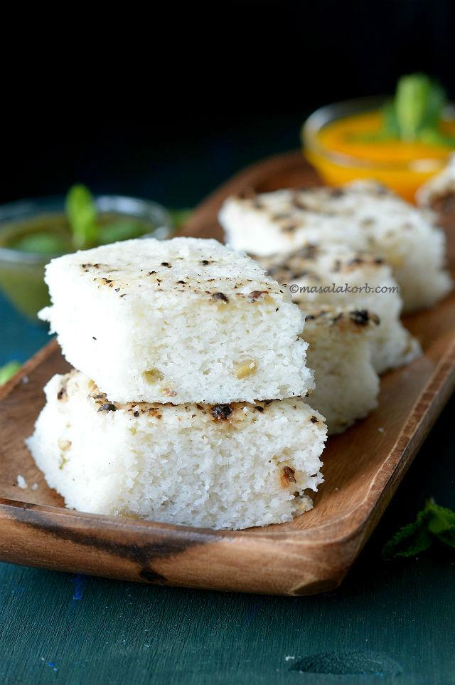 Khatta dhokla recipe white dhokla gujarati masalakorb gujarati khatta dhokla recipe or white dhokla forumfinder Images