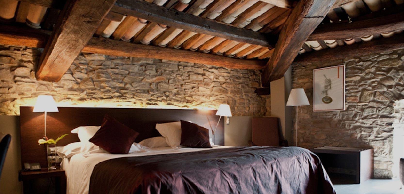 Habitaciones hotel con encanto Suites con jacuzzi