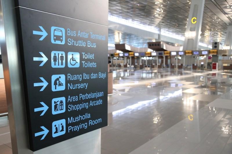 Ekspedisi di bandara Soekarno Hatta