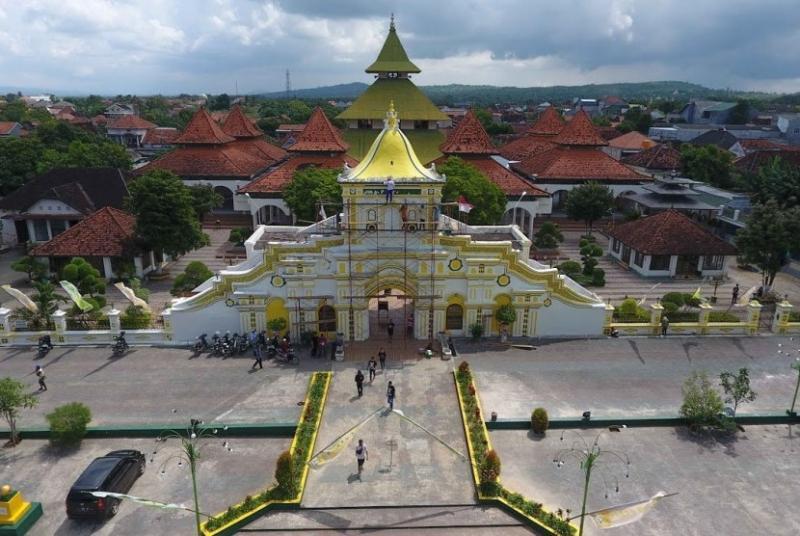 Pengiriman barang Jakarta-Sumenep murah