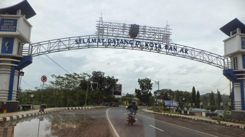 tarif dan jasa pengriman cargo Jakarta-Banjar