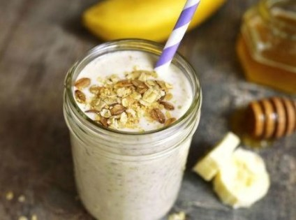 Batido de Plátano y Avena Para un Desayuno Saludable