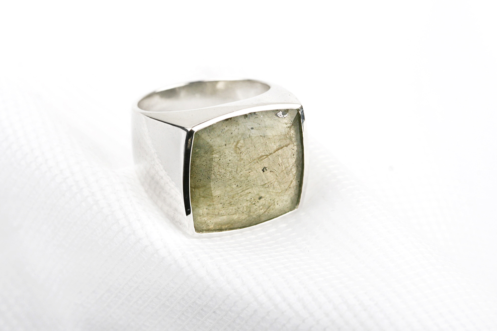 Silver ring with labradorite _ polished (1)