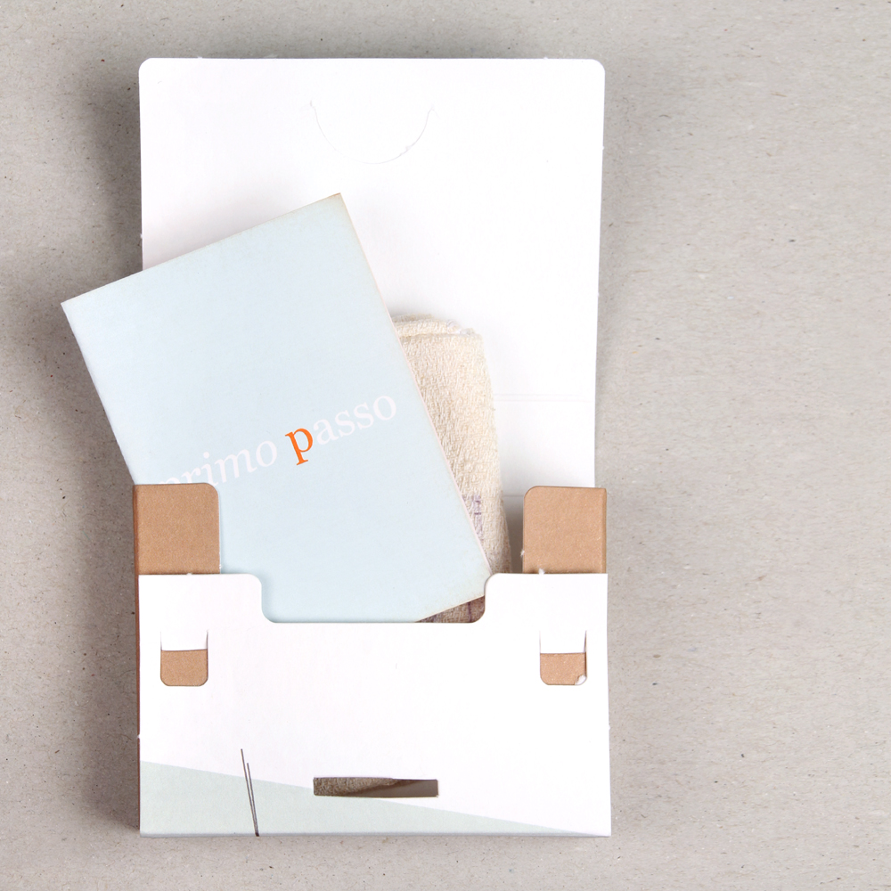 Box and instructions for the first bracelet Primo Passo _ maschio gioielli milano