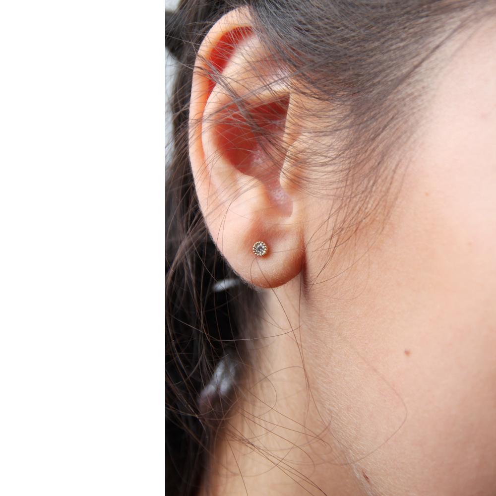 9k yellow gold little mini round stud earrings with white diamonds _ maschio gioielli milano (3)