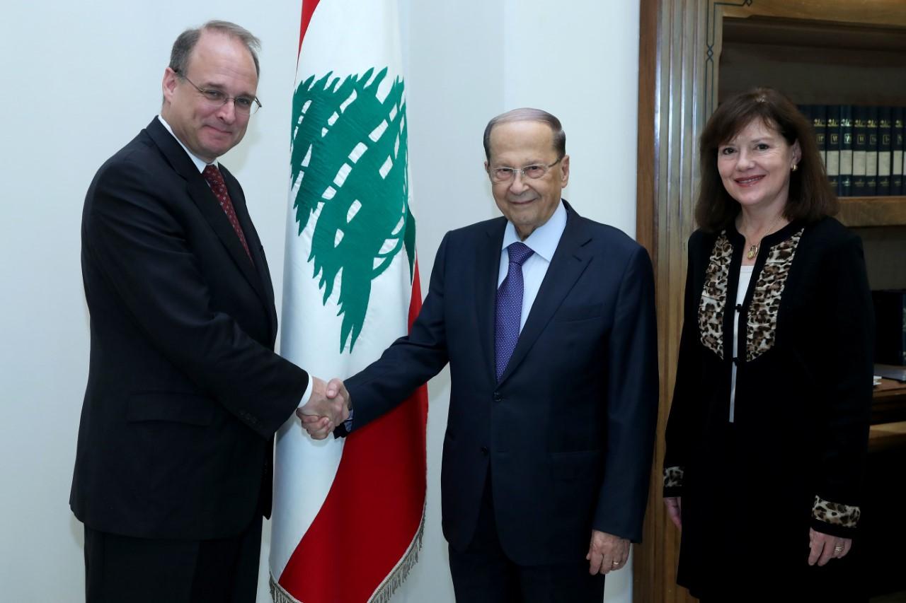 عون لمساعد وزير المال الاميركي: لبنان يشارك بفاعلية في مكافحة تمويل الإرهاب وغسيل الأموال