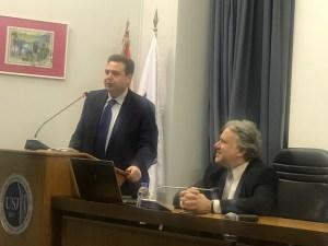 البروفسور كريم بيطار مرحبا بالضيف اليوناني