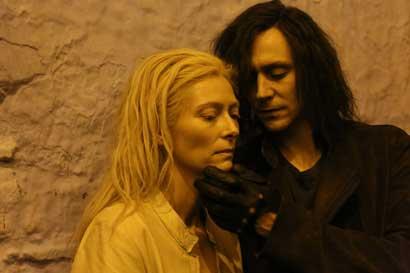 "Tilda Swinton e Tom Hiddlestone in ""Only Lovers Left Alive"" di Jim Jarmusch"
