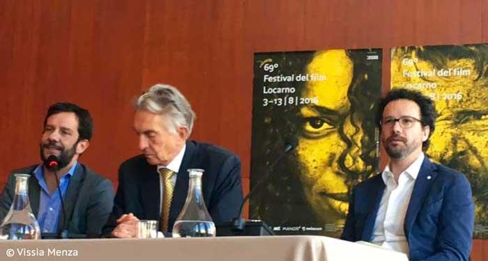 Mario Timbal, Marco Solari e Carlo Chatrian alla conferenza stampa milanese di Locarno 2016 © Vissia Menza