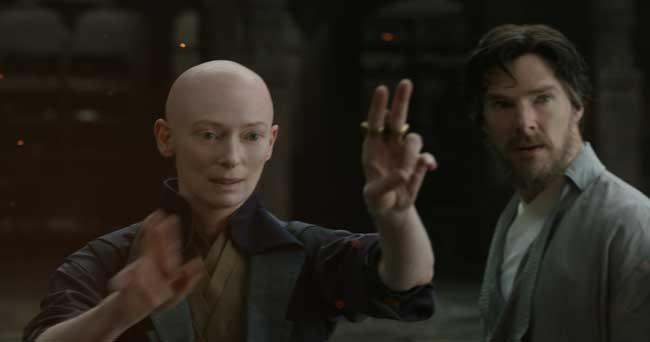 Tilda Swinton e Benedict Cumberbatch in Doctor Strange - Photo: Marvel Entertainment
