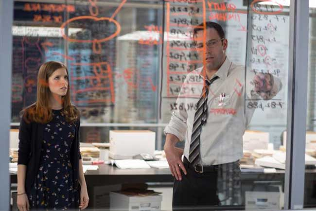 Anna Kendrick e Ben Affleck in The Accountant - Photo: courtesy of Warner Bros. Pictures Italia