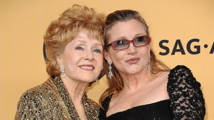 Debbie Reynolds e Carrie Fisher ai 21esimi Screen Actors Guild Awards nel 2015 - Photo: Jason LaVeris