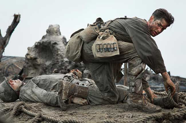 Andrew Garfiled in una scena del film La Battaglia di Hacksaw Ridge - Photo: courtesy of Eagle Pictures