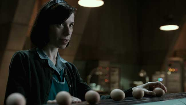 Sally Hawkins in una scena del film The Shape of Water - Photo: courtesy of 20th Century Fox Italia