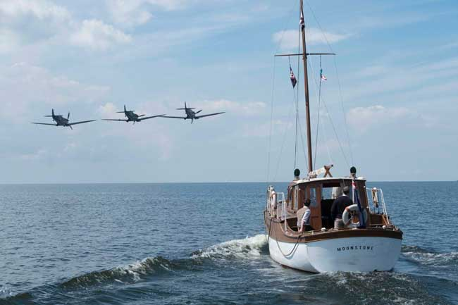 una scena del film Dunkirk - Photo: 2017 WARNER BROS. ENTERTAINMENT INC. ALL RIGHTS RESERVED