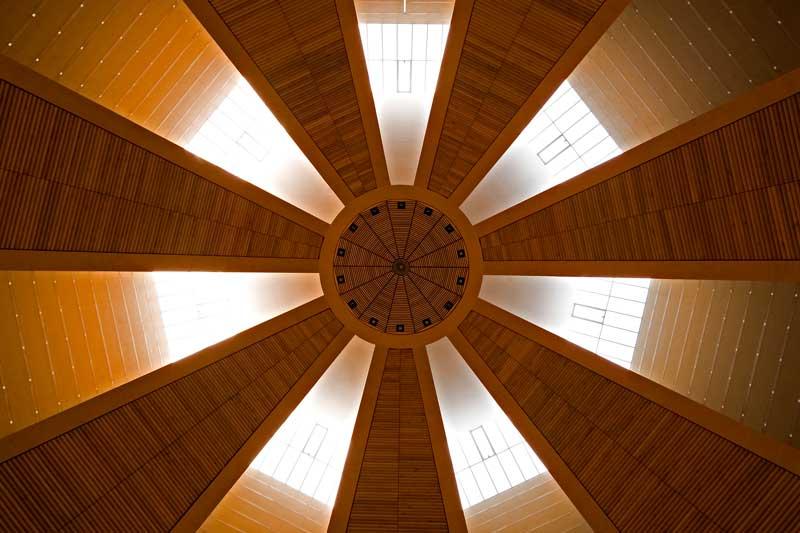 Mario Botta Spazio Sacro - chiesa del Santo Volto Torino - Foto Enrico Cano