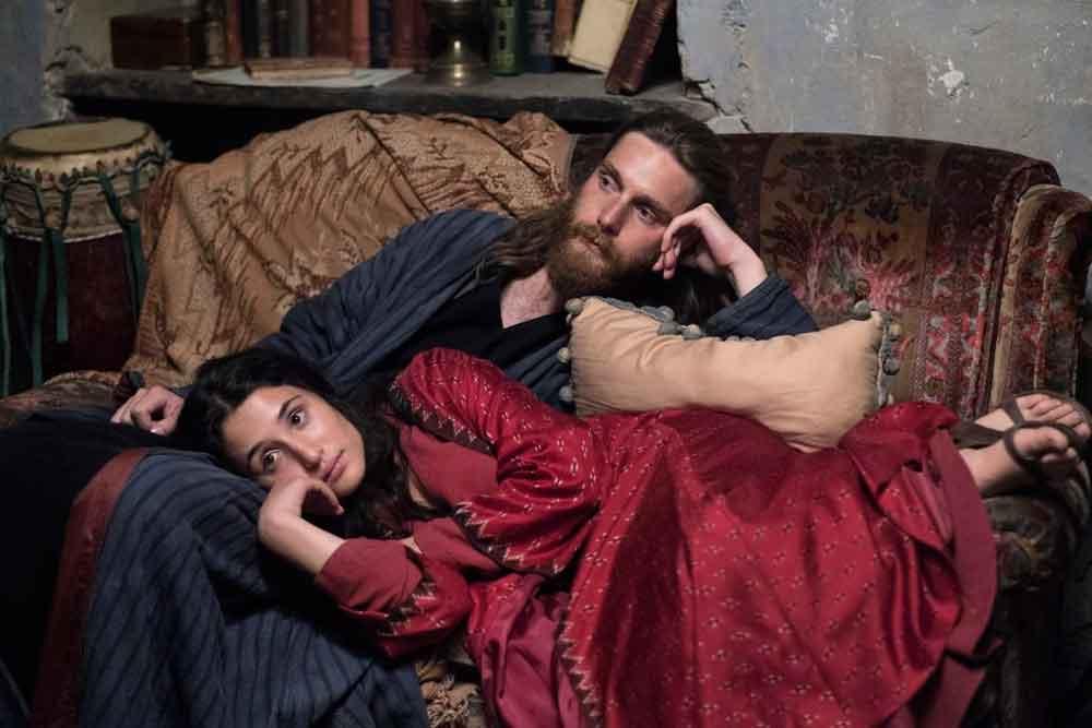 Reinout Scholten Van Aschat e Marianna Fontana in una scena del film Capri-Revolution  - Foto di Mario Spada