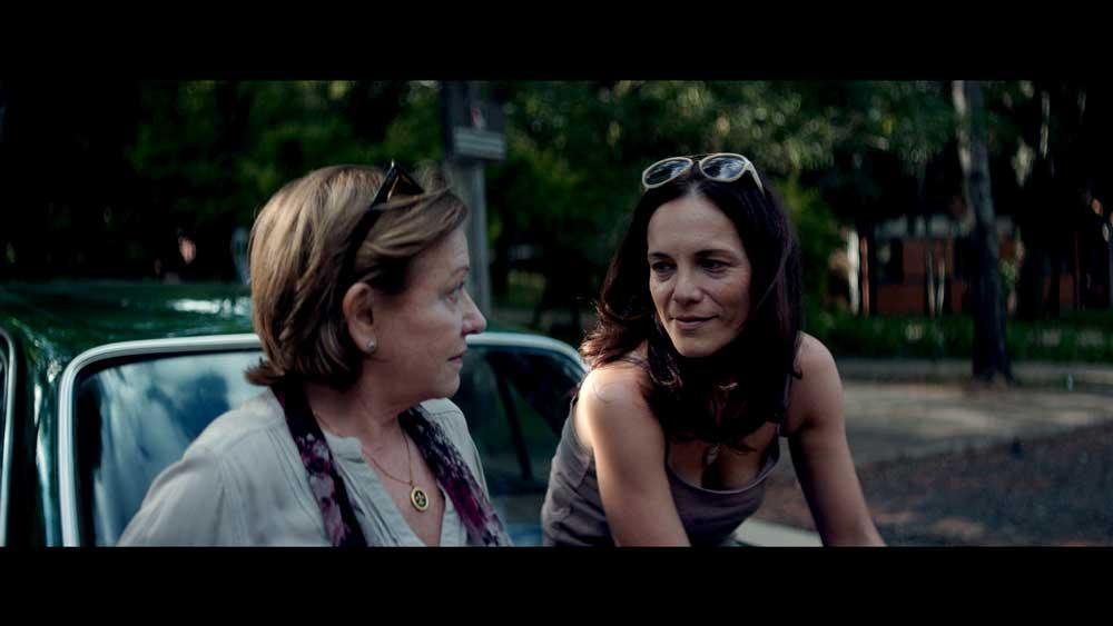 Ana Brun e Ana Ivanova in una scena del film Le Ereditiere - Photo: courtesy of Lucky Red