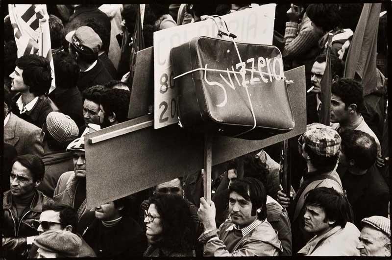 Napoli, Manifestazione a Piazza Garibaldi © Mimmo Jodice