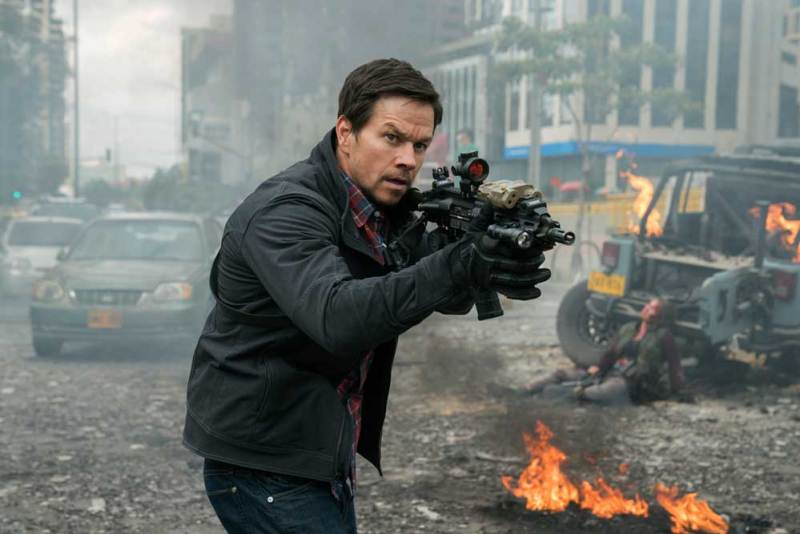 Mark Wahlberg in una scena del film Red Zone - Photo: courtesy of Lucky Red