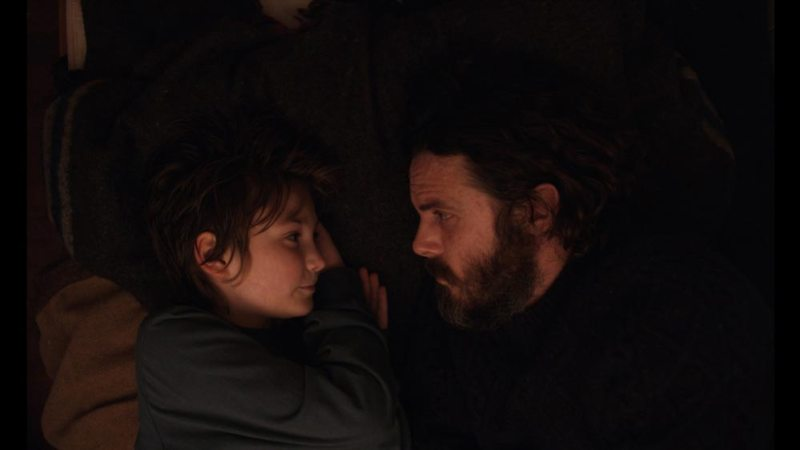 Anna Pniowsky e Casey Affleck in una scena del film Light of My Life © BBP LOML