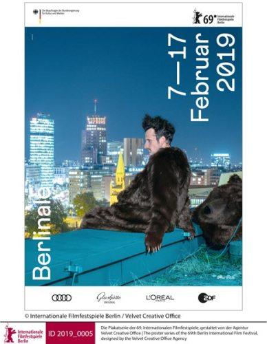 una variante del poster della Berlinale 2019 © Internationale Filmfestspiele Berlin / Velvet Creative Office