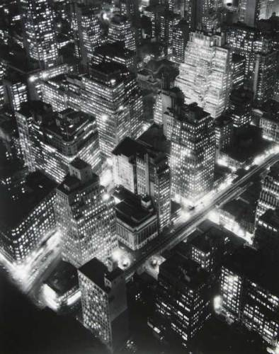 Berenice Abbott,Nightview, New York, 1932 © Berenice Abbott/ Getty Images