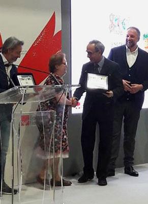 Anna Becchi che riceve il premio per la miglior traduzione a Bologna - Ph: Sarah Pellizzari Rabolini