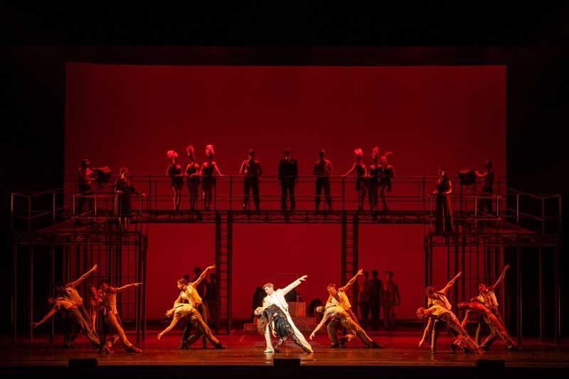 un momento dello spettacolo al Teatro Comunale - Photo by Rocco Casaluci