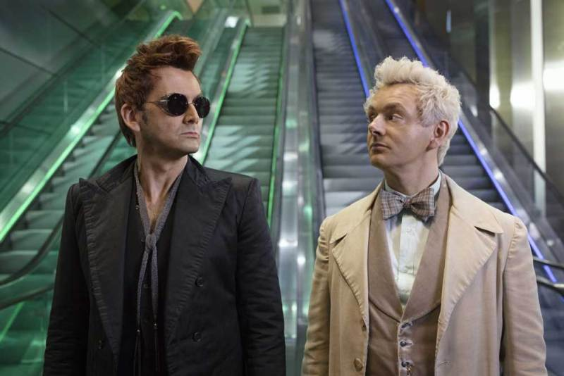 David Tennant e Michael Sheen in una scena di Good Omens - Photo: Amazon Prime